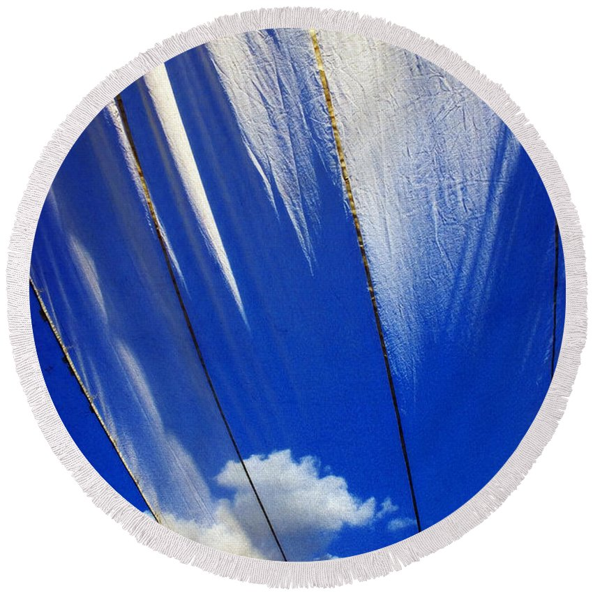 Heavenly Round Beach Towel featuring the photograph Heaven by Skip Hunt