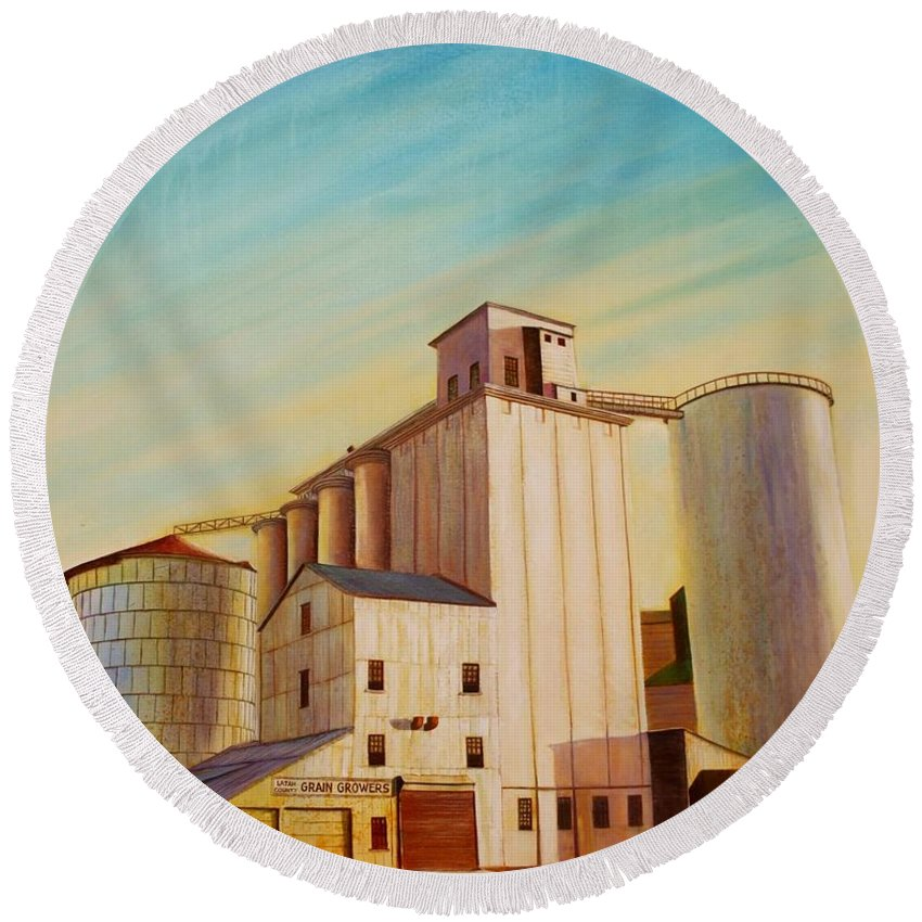 Grain Round Beach Towel featuring the painting Latah County Grain Growers by Leonard Heid