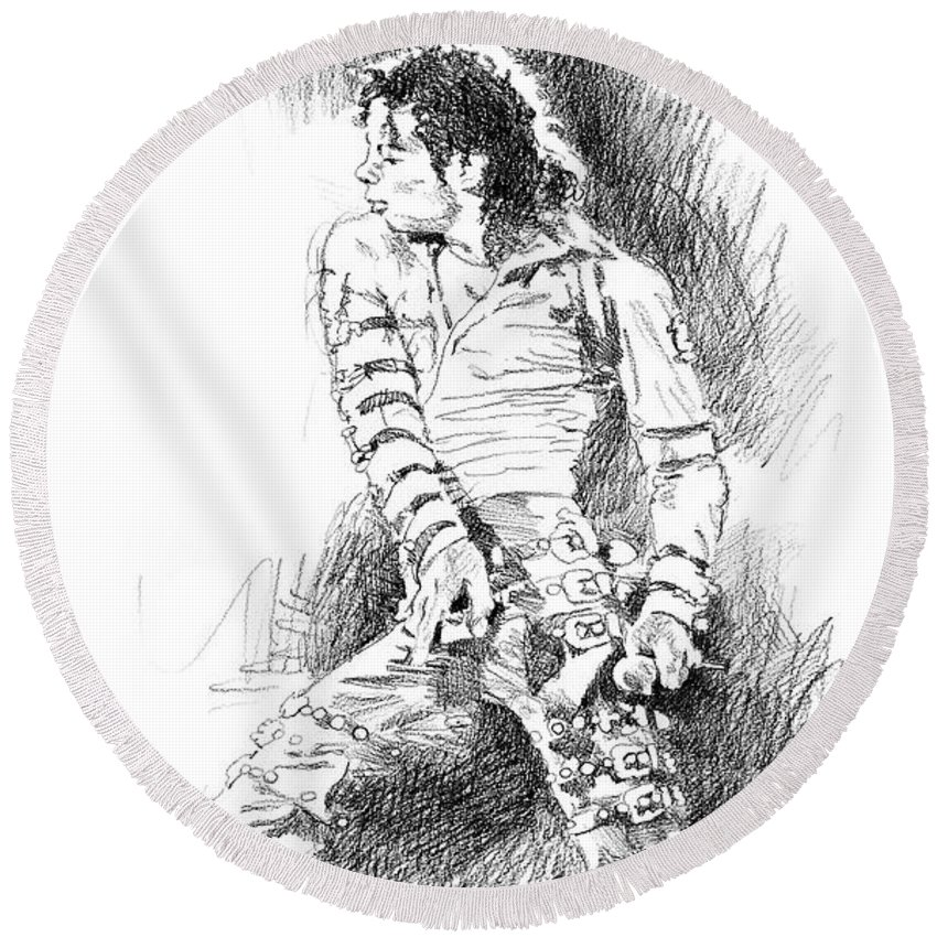 Michael Jackson Round Beach Towel featuring the drawing Michael Jackson - Onstage by David Lloyd Glover