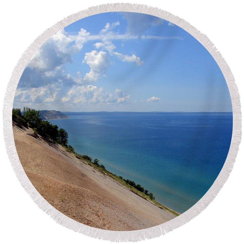 Sleeping Bear Dunes Round Beach Towel featuring the photograph Sleeping Bear Dunes National Lakeshore Michigan by Michelle Calkins