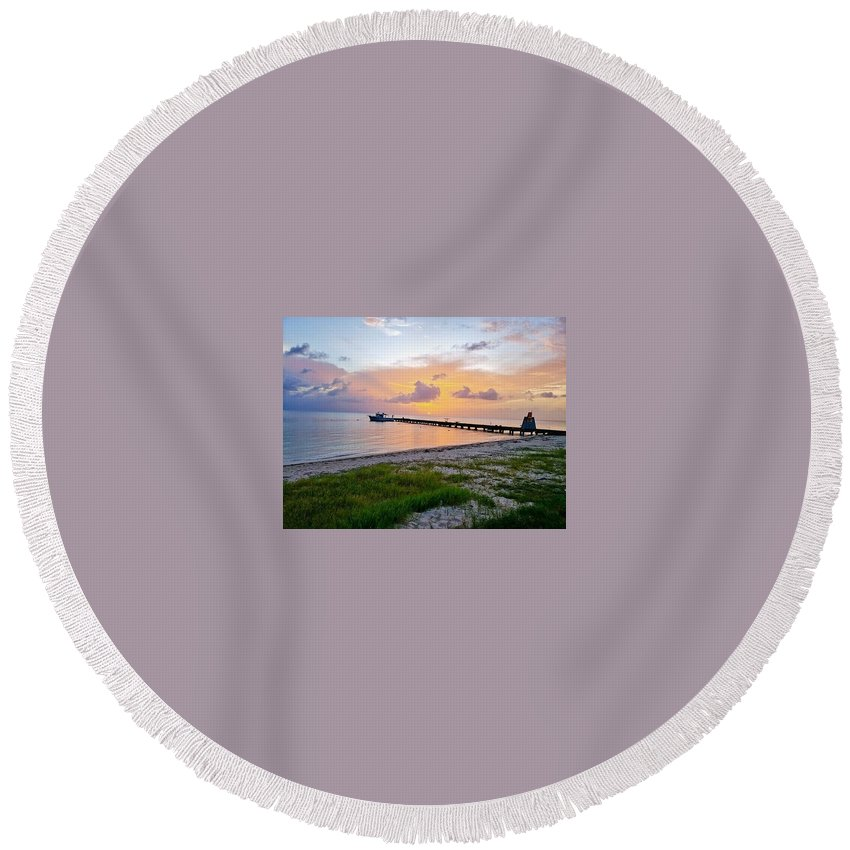 Sunset Round Beach Towel featuring the photograph Sunset at the beach by De Aventureo