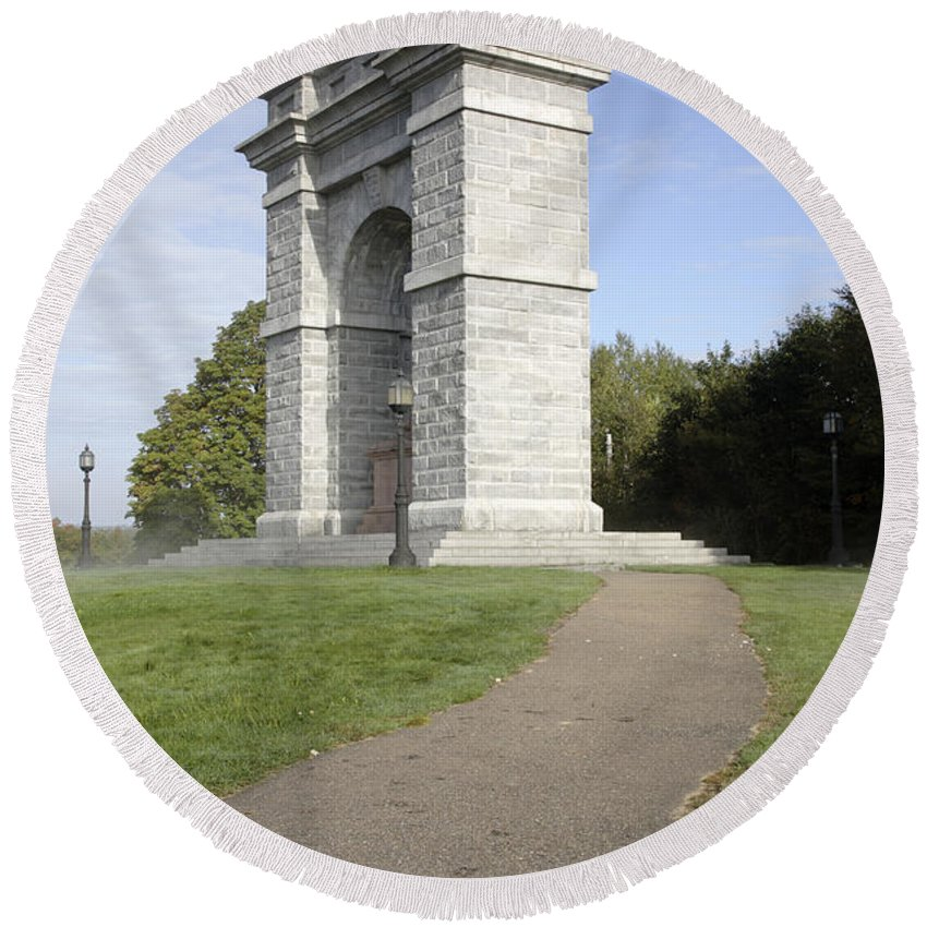 Landscape Round Beach Towel featuring the photograph Titus Arch Replica - Northfield NNew Hampshire by Erin Paul Donovan