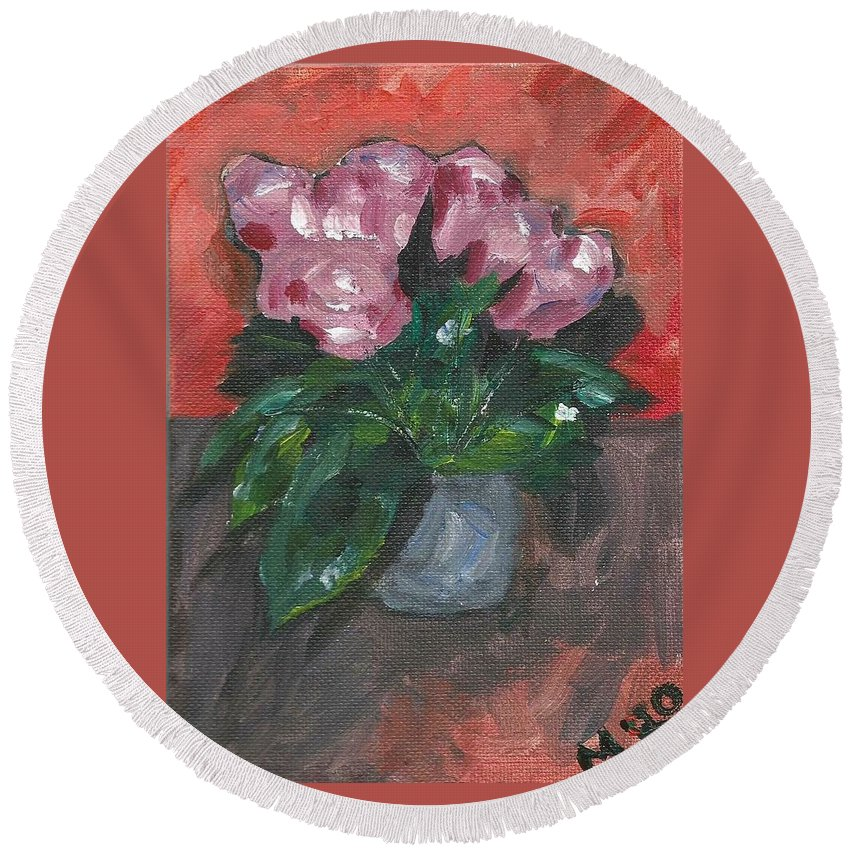 Rose Round Beach Towel featuring the painting Vase of Roses by Monica Resinger