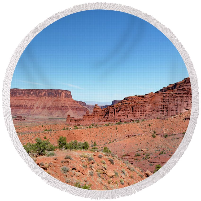 Fisher Towers Round Beach Towel featuring the photograph Wild Utah Landscape by Jim Thompson
