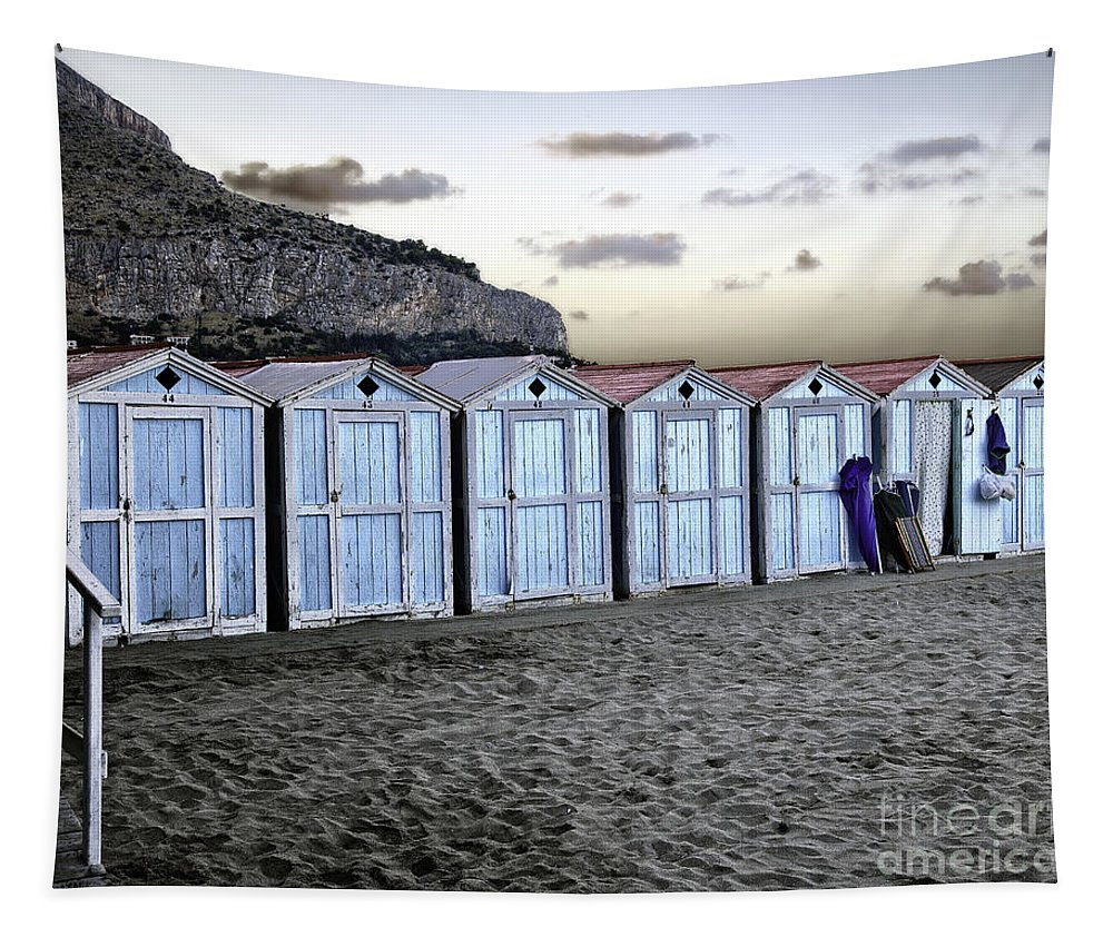 Beach Tapestry featuring the photograph End Of The Day by Madeline Ellis