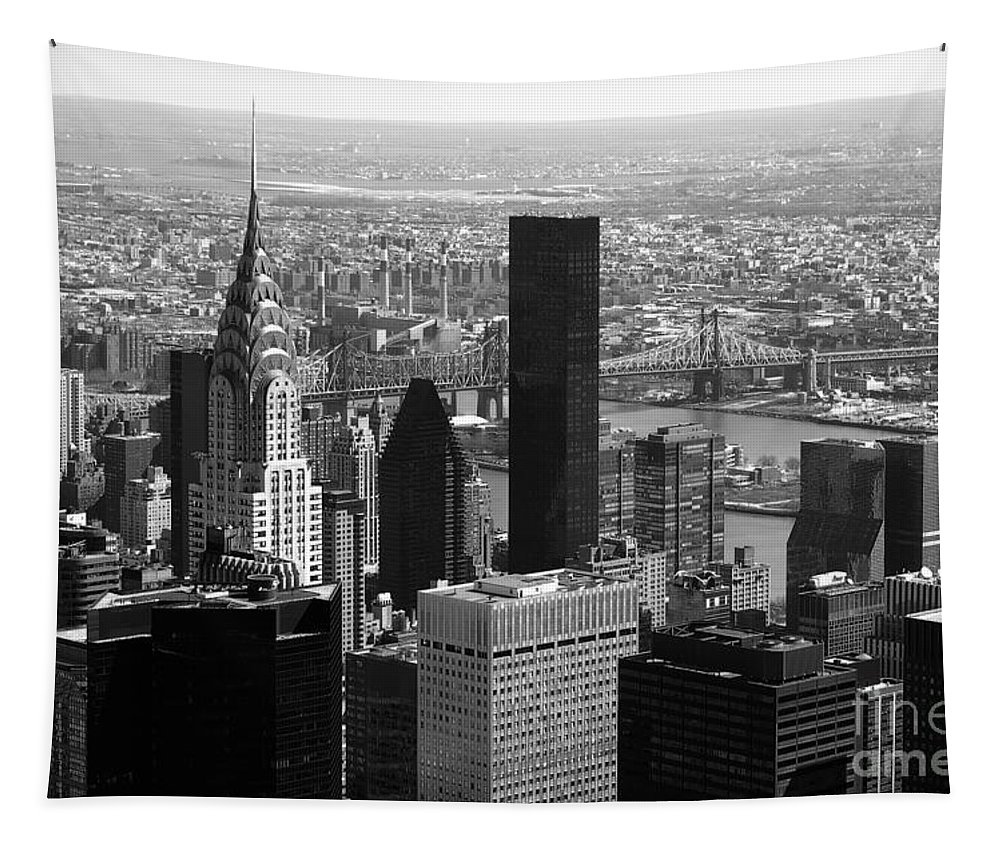 Bw Tapestry featuring the photograph Manhattan by RicardMN Photography