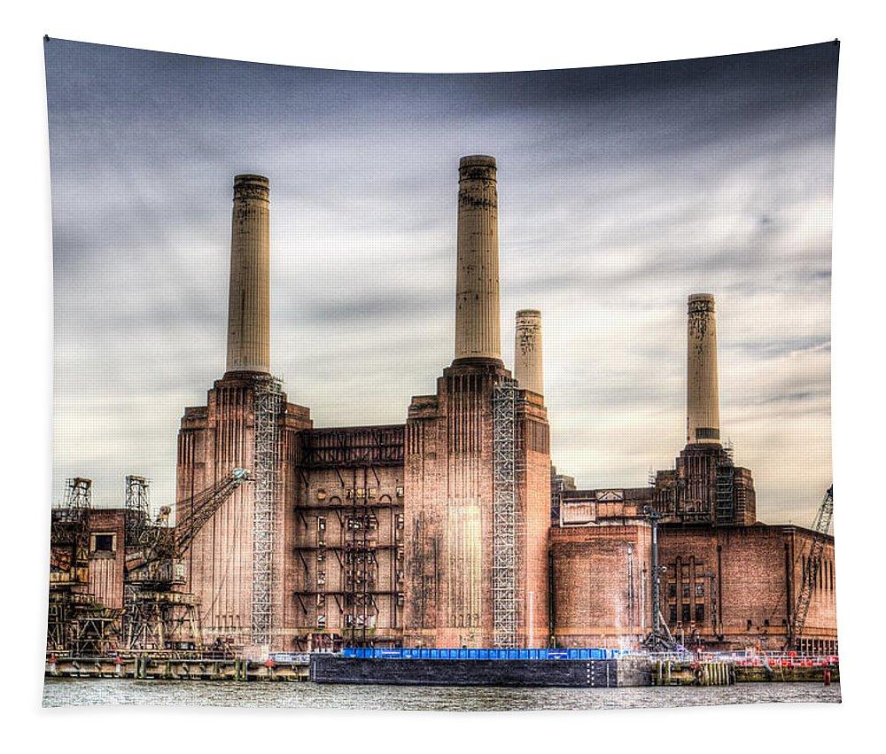 Battersea Tapestry featuring the photograph Battersea Power Station London by David Pyatt
