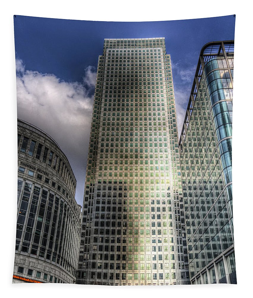 Canary Wharf Tapestry featuring the photograph Canary Wharf Tower London by David Pyatt