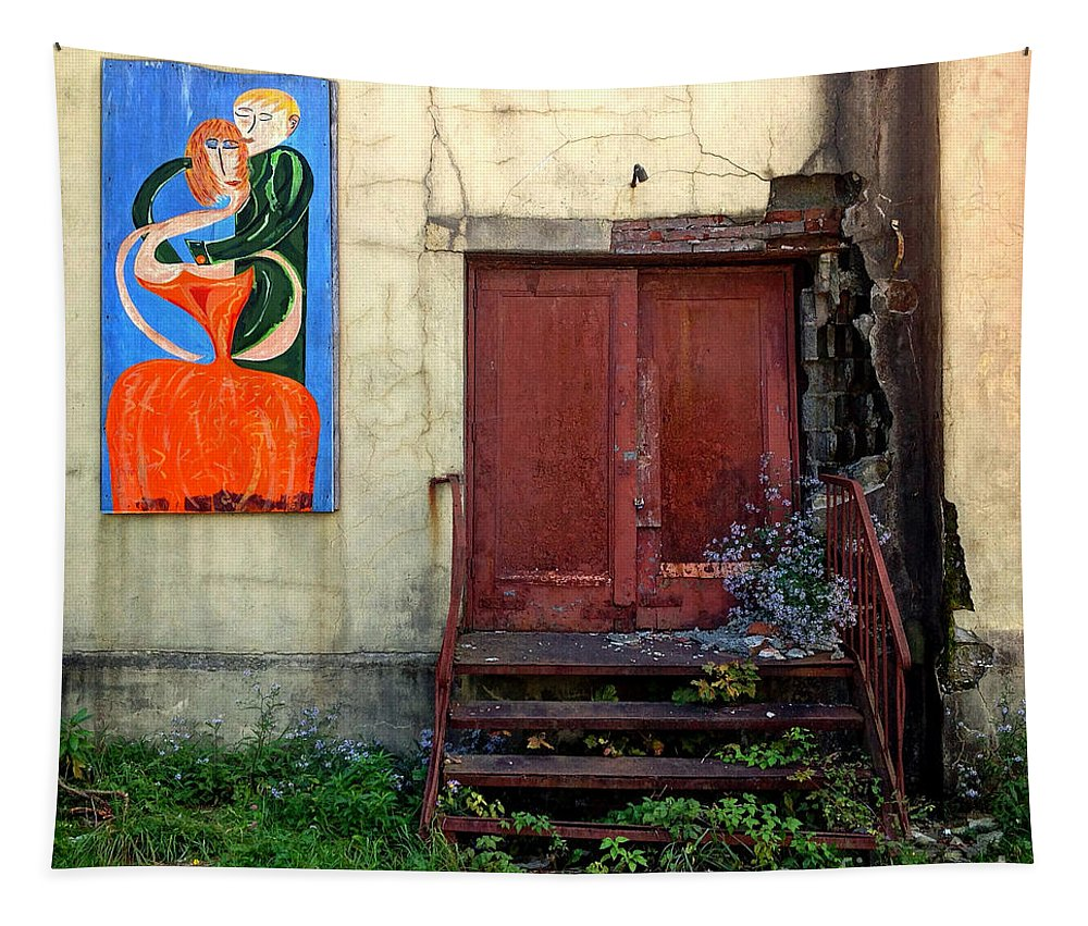Outdoor Tapestry featuring the photograph Ageless Art by Guy Harnett