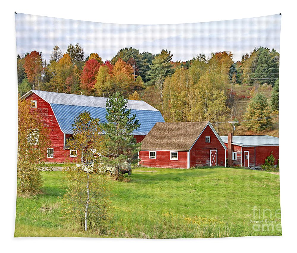Barn Tapestry featuring the photograph Barn In Autumn by Deborah Benoit