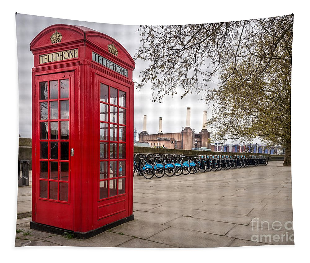 London Tapestry featuring the photograph Battersea Phone Box by Matt Malloy