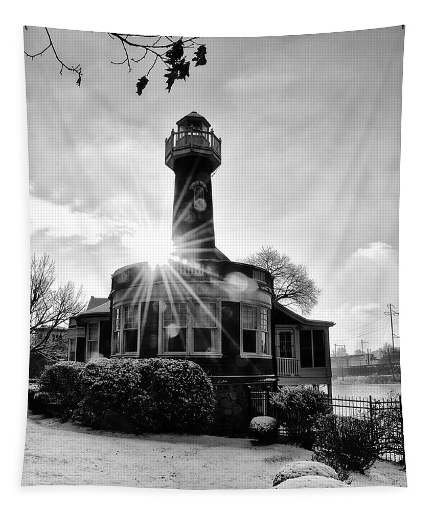 Black Tapestry featuring the photograph Black And White Philadelphia - Turtle Rock Lighthouse by Bill Cannon
