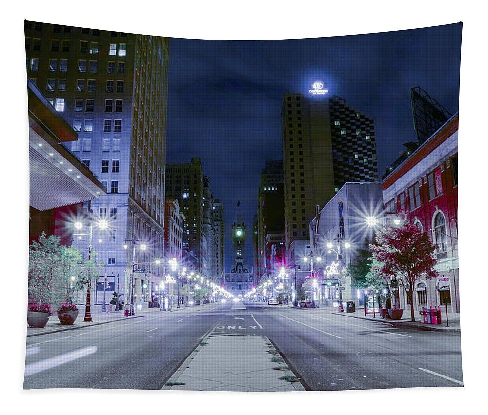 Broad Tapestry featuring the photograph Broad Street At Night by Bill Cannon