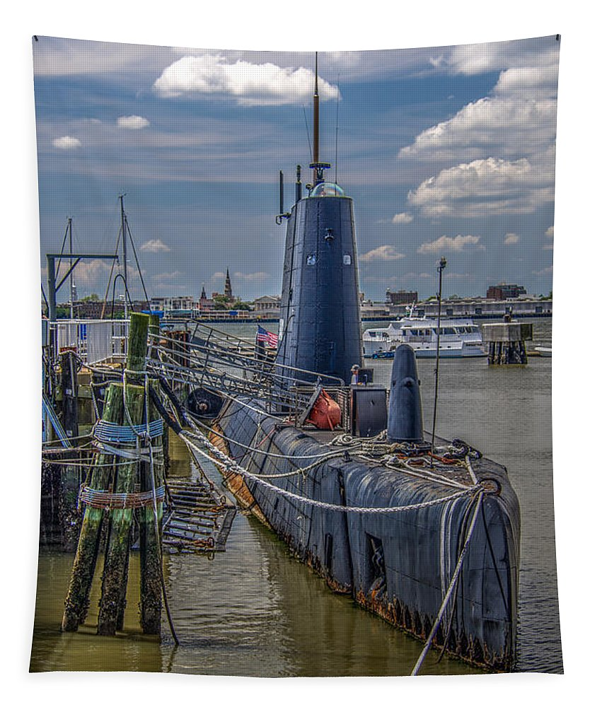 Uss Clamagore Tapestry featuring the photograph Clamagore by Dale Powell