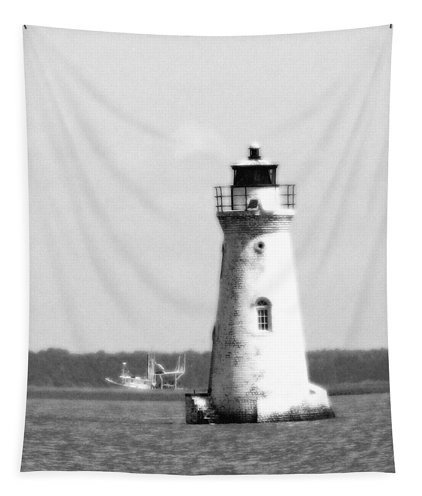 Cockspur Lighthouse Tapestry featuring the photograph Cockspur Lighthouse - Bw by Pamela Critchlow