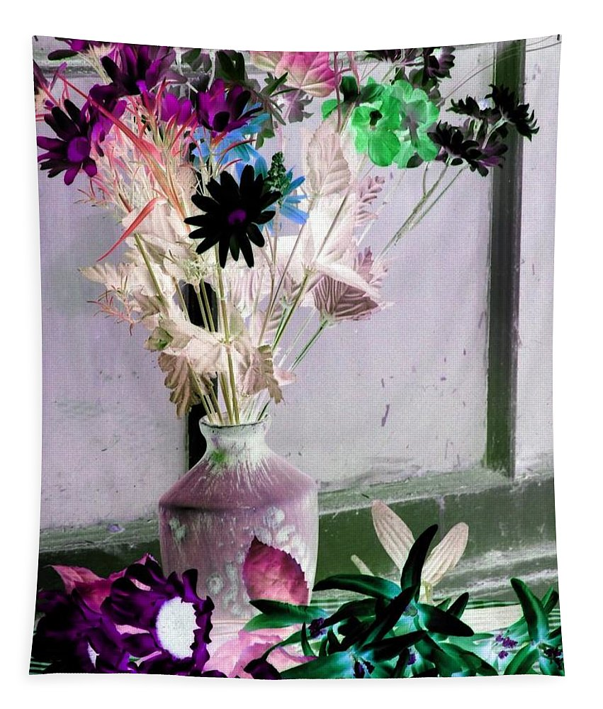 Flower Tapestry featuring the photograph Country Comfort - Photopower 481 by Pamela Critchlow