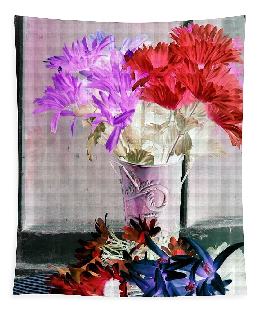 Flower Tapestry featuring the photograph Country Comfort - Photopower 488 by Pamela Critchlow