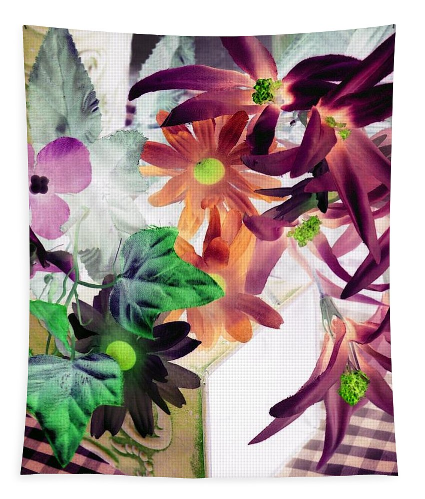 Flower Tapestry featuring the photograph Country Comfort - Photopower 520 by Pamela Critchlow