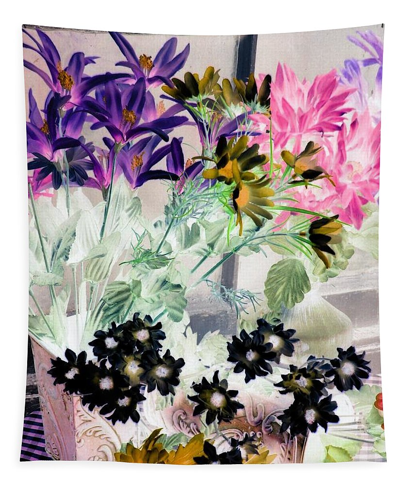 Flower Tapestry featuring the photograph Country Comfort - Photopower 528 by Pamela Critchlow
