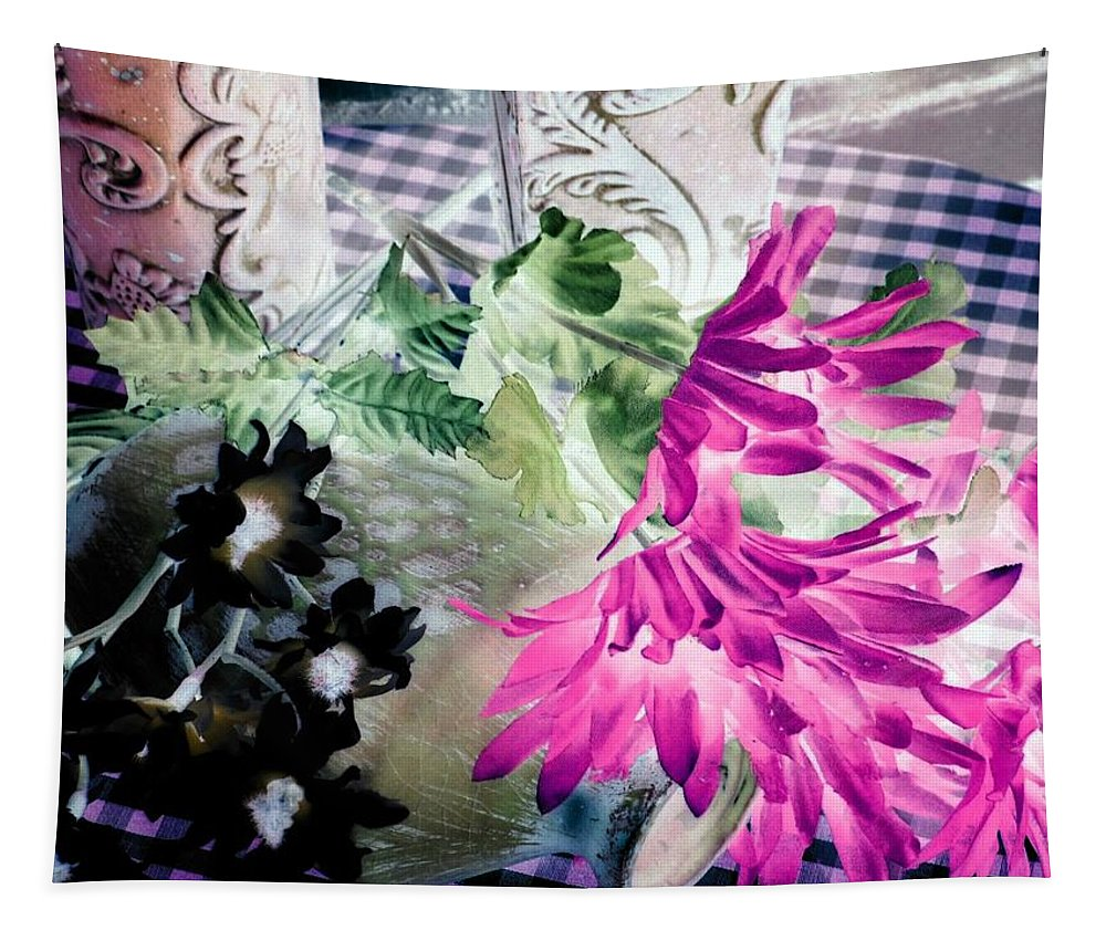 Flower Tapestry featuring the photograph Country Comfort - Photopower 538 by Pamela Critchlow
