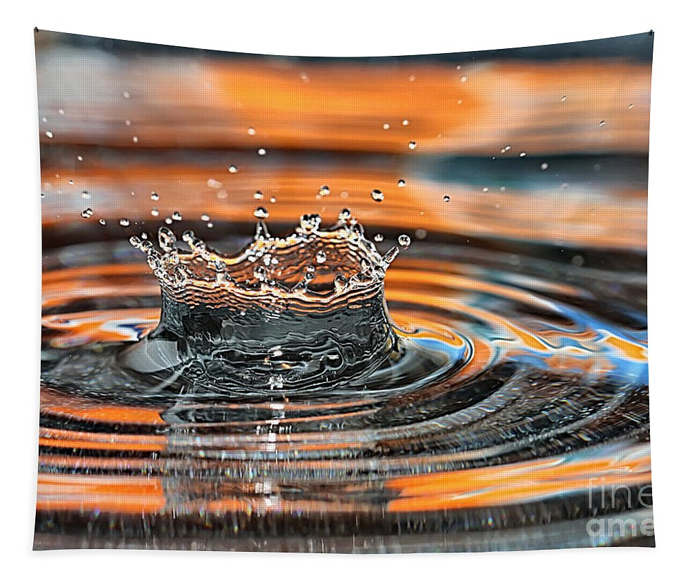 Macro Tapestry featuring the photograph Crown Shaped Water Drop Macro by Teresa Zieba