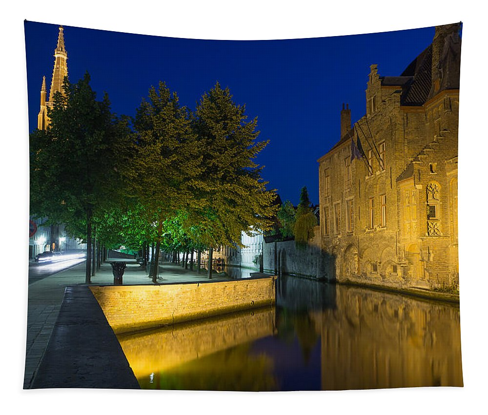 Canal Tapestry featuring the photograph Dijver Canal At Night by Jaroslav Frank