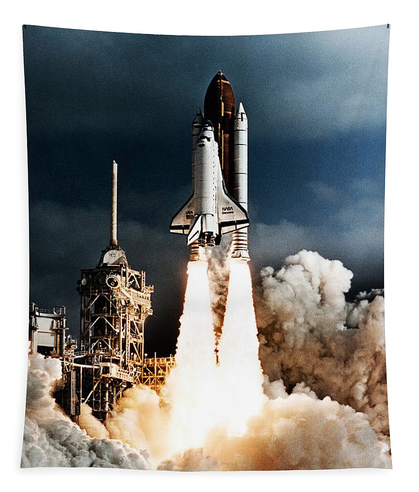 Space Shuttle Discovery Tapestry featuring the photograph Discovery Hubble Launch Sts-31 by Weston Westmoreland