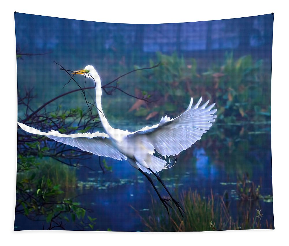 Great White Egret Tapestry featuring the photograph Egret In The Mist by Mark Andrew Thomas