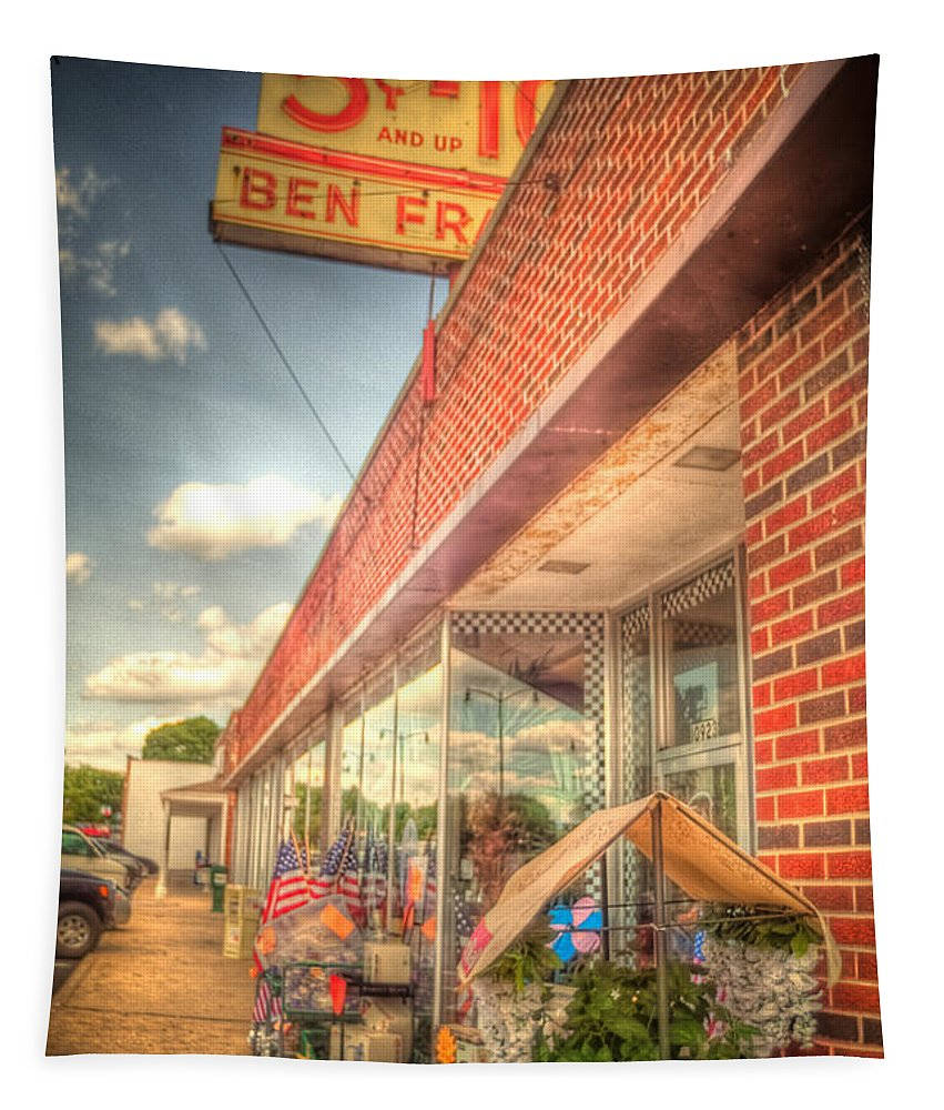 Timothy Bischoff Tapestry featuring the photograph Englewood5ndime4552-3-4 by Timothy Bischoff