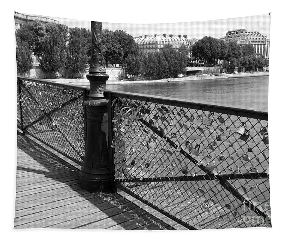 Paris Tapestry featuring the photograph Forever Love In Paris - Black And White by Carol Groenen