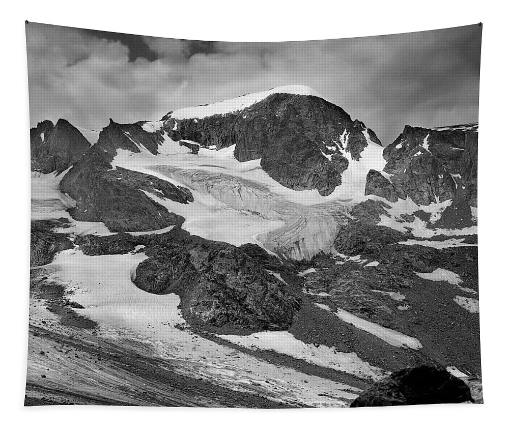 Gannett Peak Tapestry featuring the photograph 509427-bw-gannett Peak And Gooseneck Glacier, Wind Rivers by Ed Cooper Photography