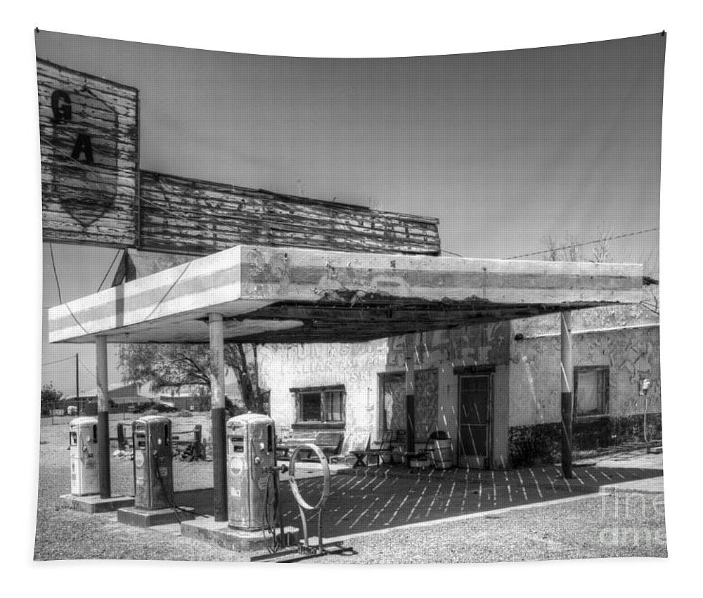 Gas Station Tapestry featuring the photograph Glory Days Of Route 66 by Bob Christopher