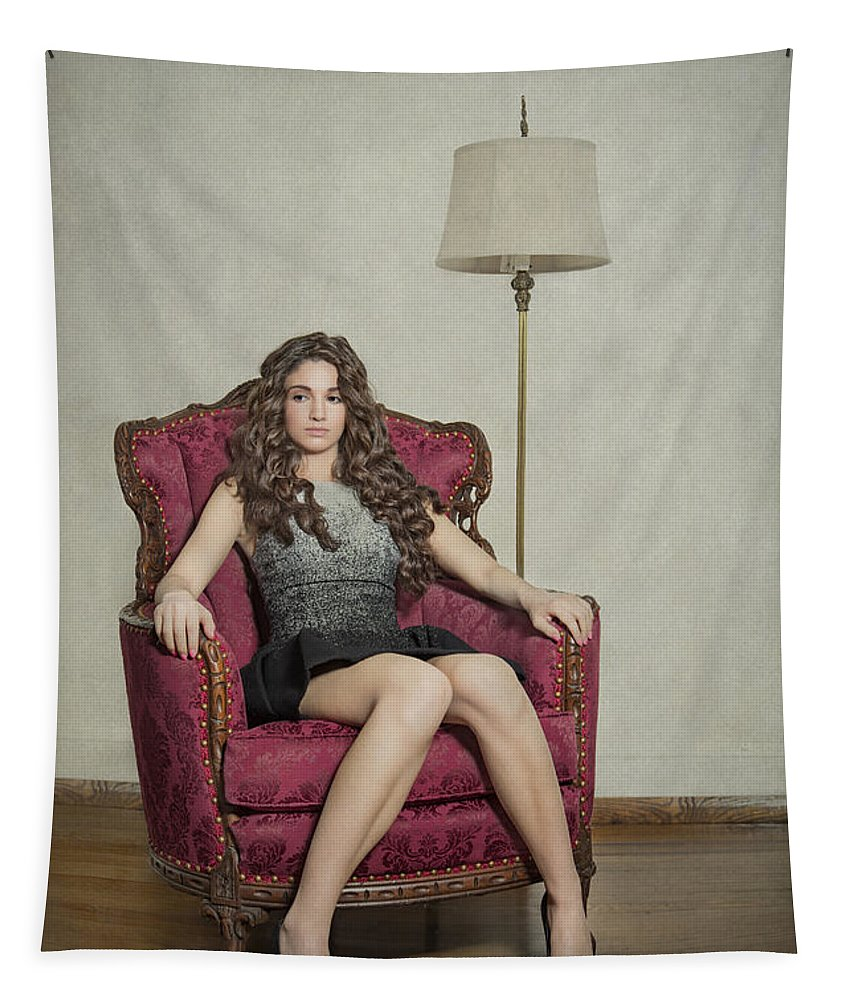 Girl Tapestry featuring the photograph Her Majesty by Evelina Kremsdorf