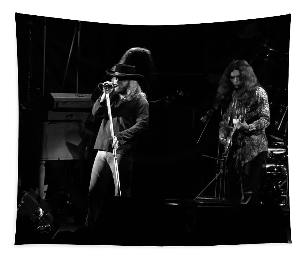 Lynyrd Skynyrd Tapestry featuring the photograph Ls Spo #48 by Ben Upham