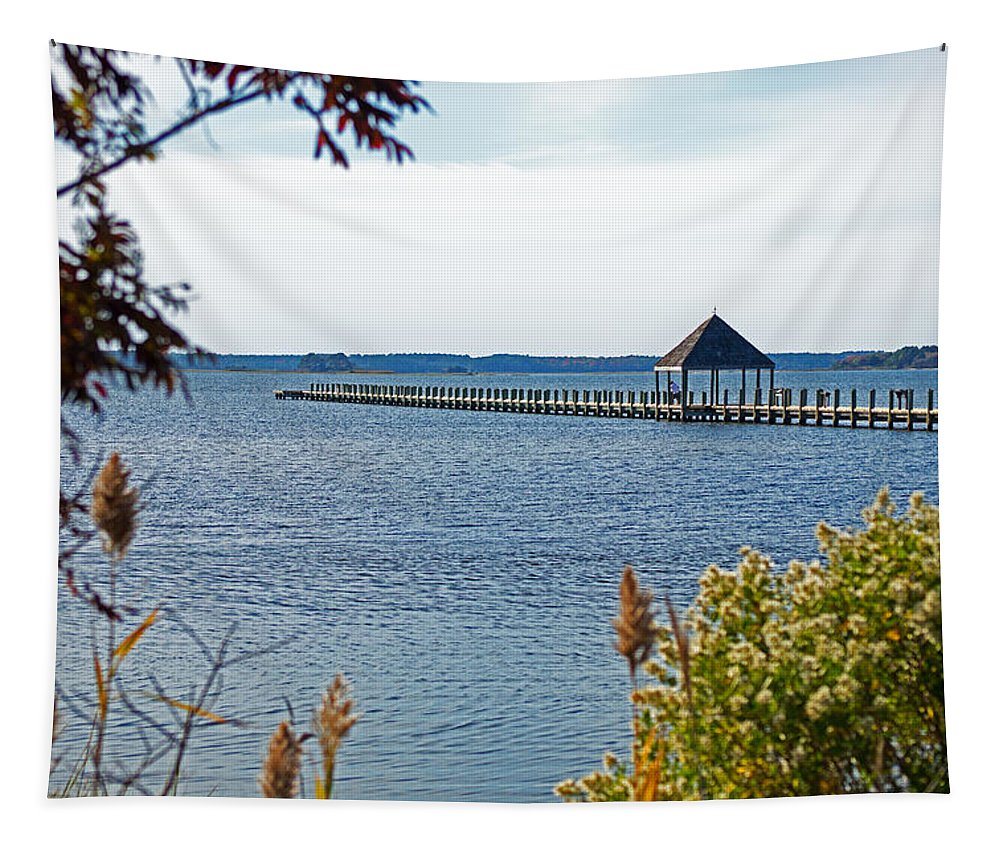 Northside Park Tapestry featuring the photograph Northside Park Fishing Pier by Bill Swartwout Fine Art Photography