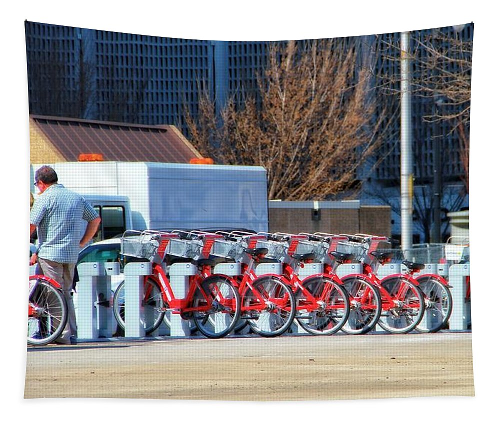 Ready To Ride Tapestry featuring the photograph Ready To Ride by Dan Sproul