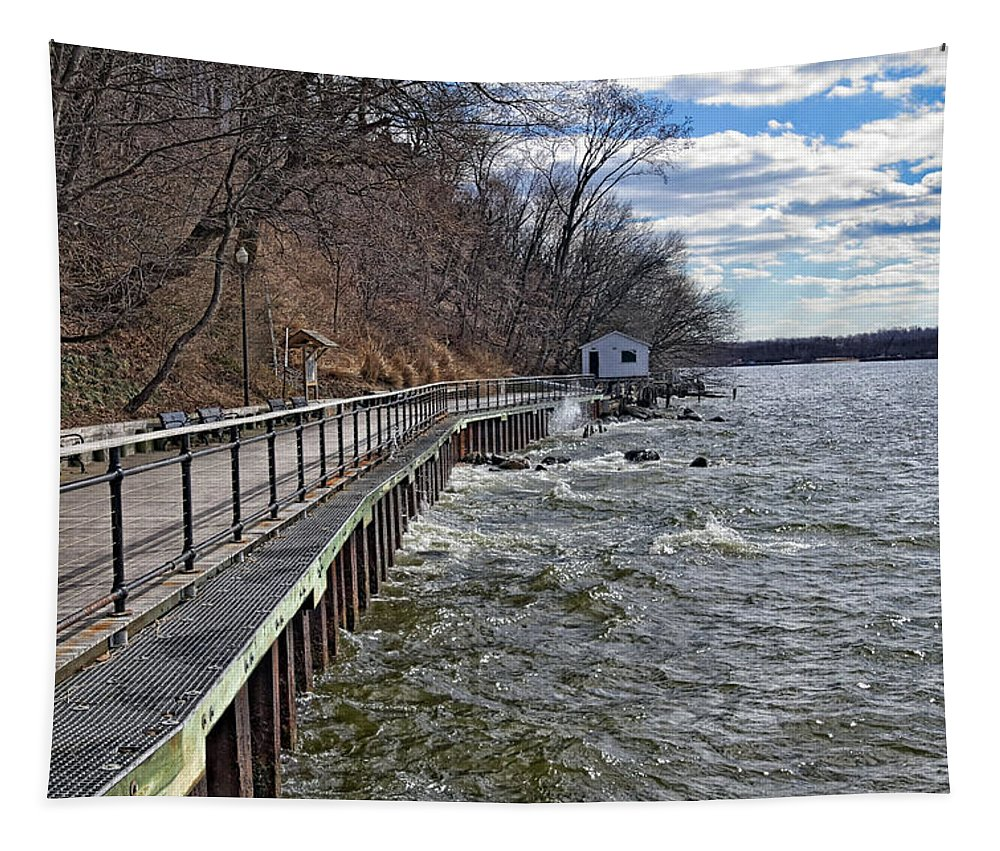 Water Tapestry featuring the photograph Sea Cliff Walk by Bob Slitzan