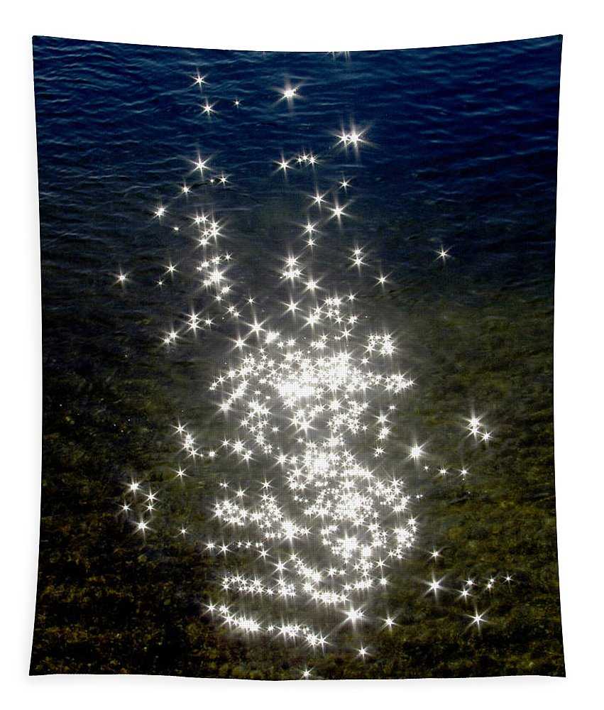 Sun Tapestry featuring the photograph Star Reflection In The Water by Bob Slitzan