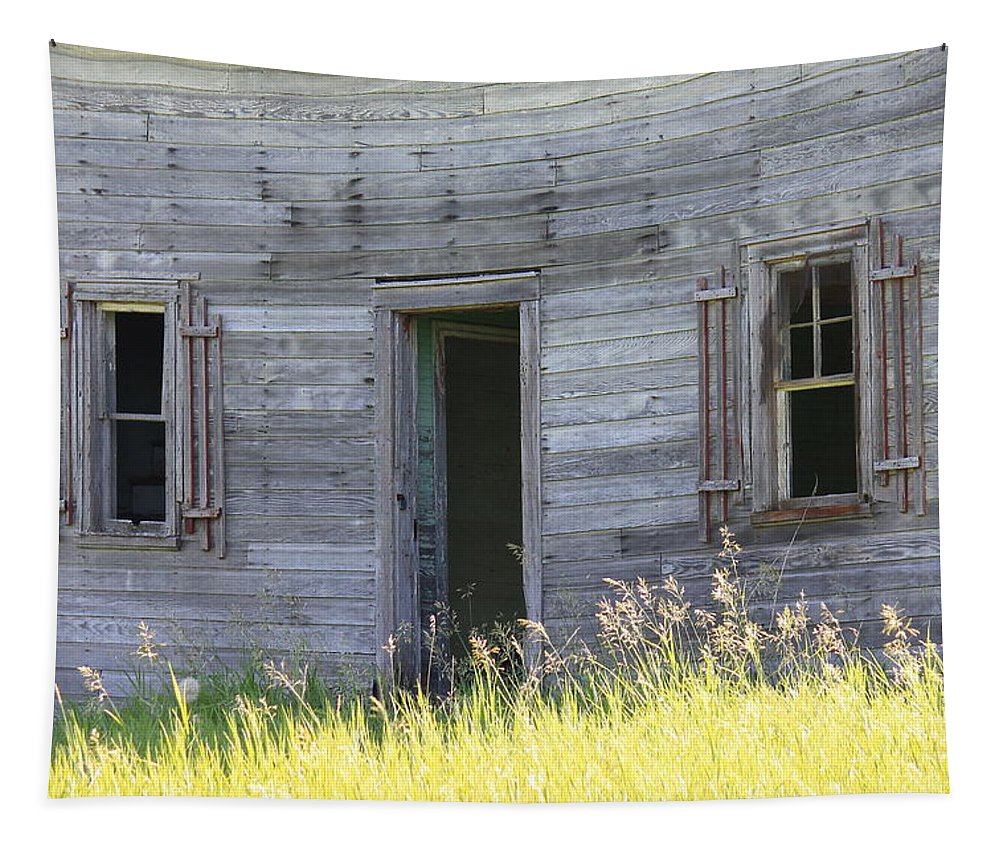Farmhouse Tapestry featuring the photograph Summer At Captain Ed's Homestead by Penny Meyers