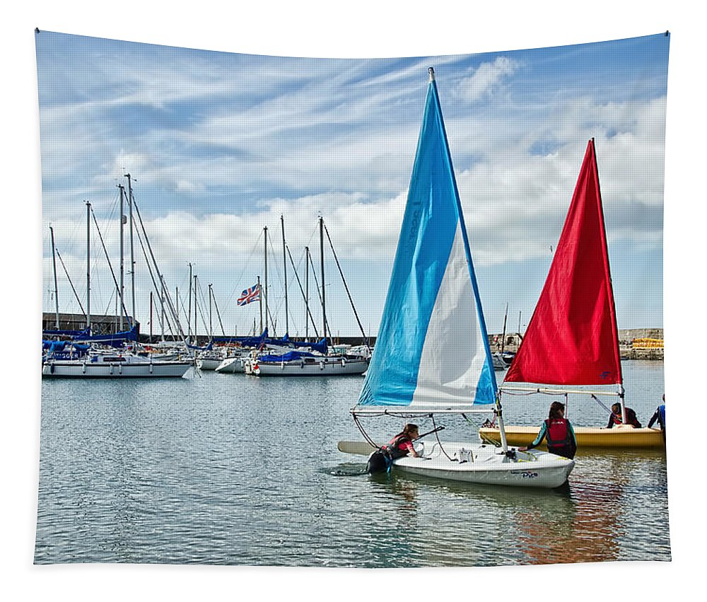 Sailing Tapestry featuring the photograph Sunday Sailing 2 by Susie Peek