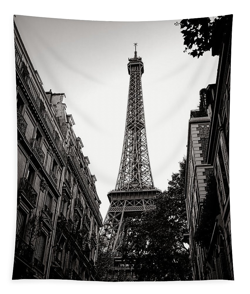Eiffel Tapestry featuring the photograph The Old Lady Of The Neighborhood by Olivier Le Queinec
