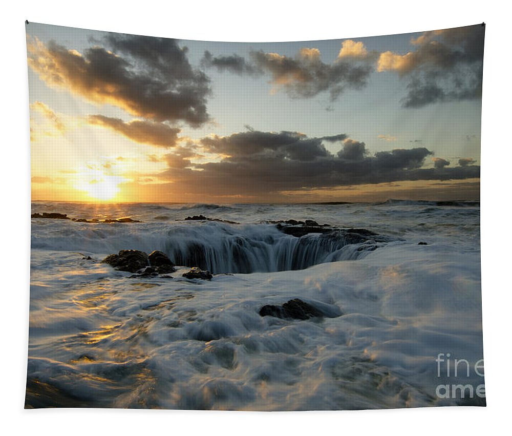 Thors Well Tapestry featuring the photograph Thors Well Truly A Place Of Magic 4 by Bob Christopher
