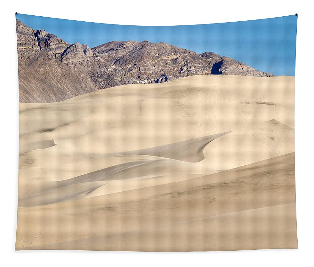 Death Valley Tapestry featuring the photograph Eureka Dunes In Death Valley by Jean Noren