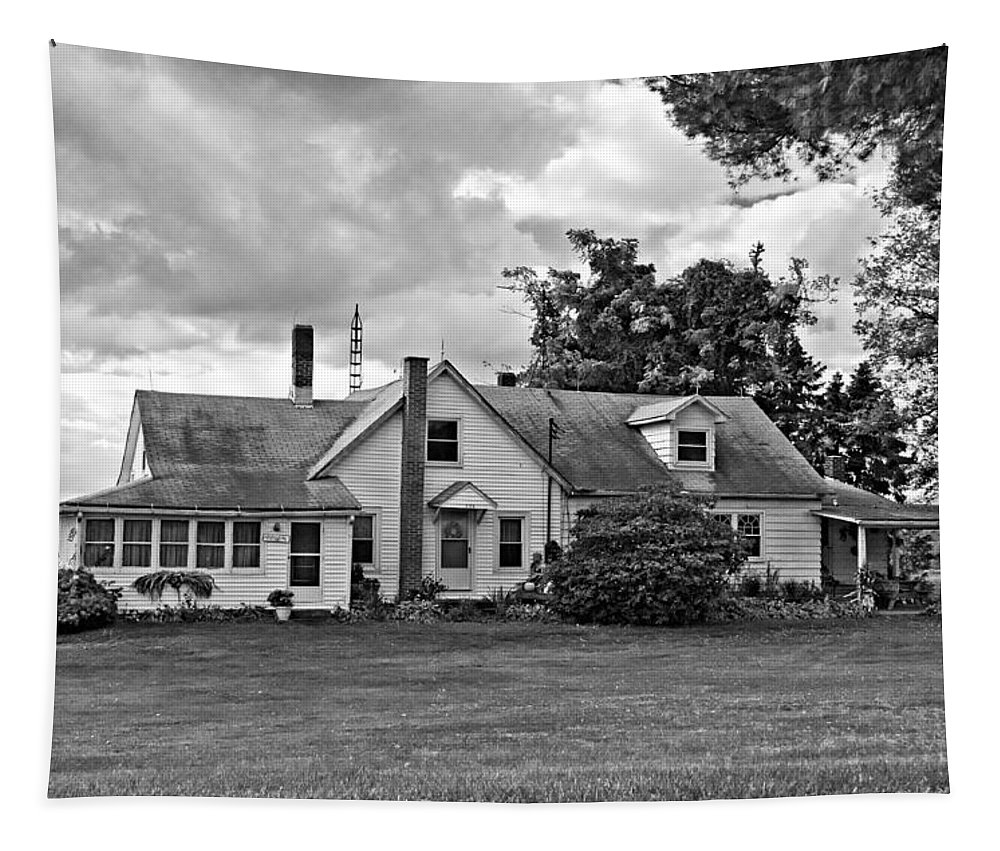 Pennsylvania Tapestry featuring the photograph Harvest Time In Pennsylvania Monochrome by Steve Harrington