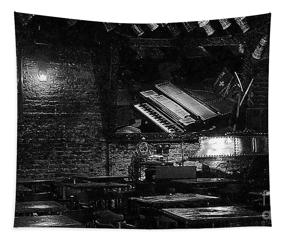 Black And White Tapestry featuring the photograph Jazz Bar In New Orleans by John Kolenberg