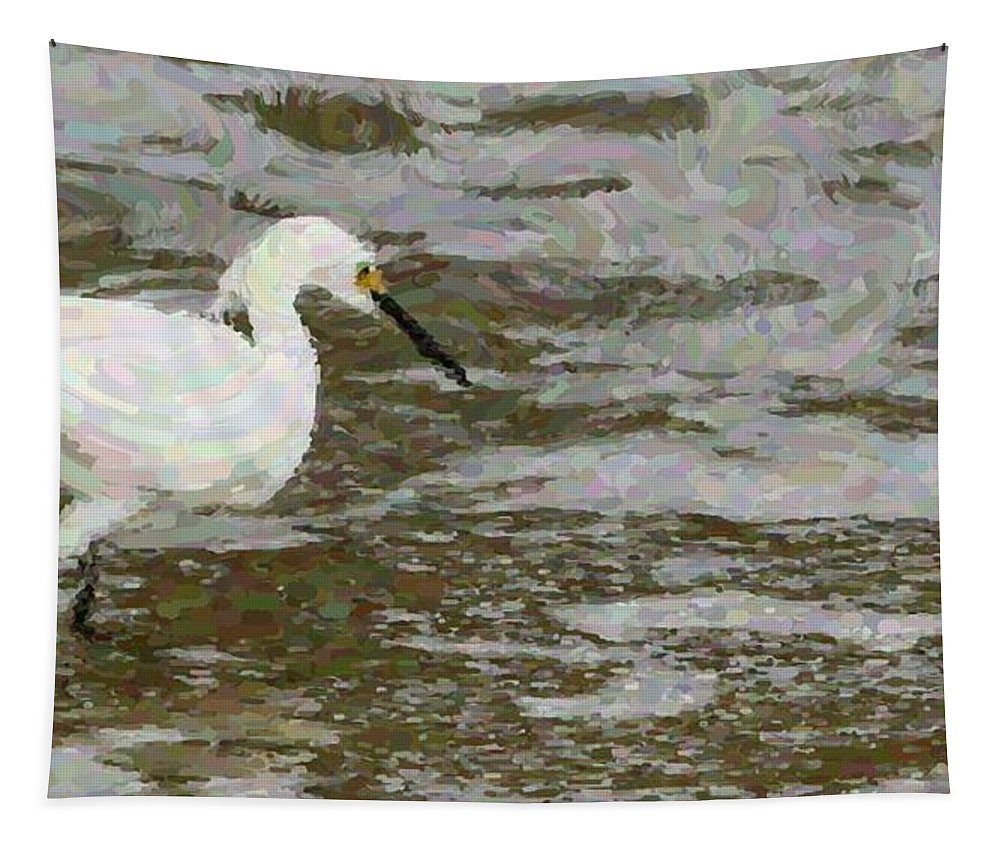 Bird Egret White Ocean Tapestry featuring the photograph Looking by Alice Gipson