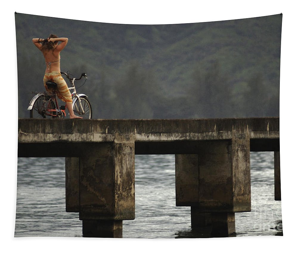 Bicycle Tapestry featuring the photograph Relaxed Ride Hanalei Bay by Bob Christopher