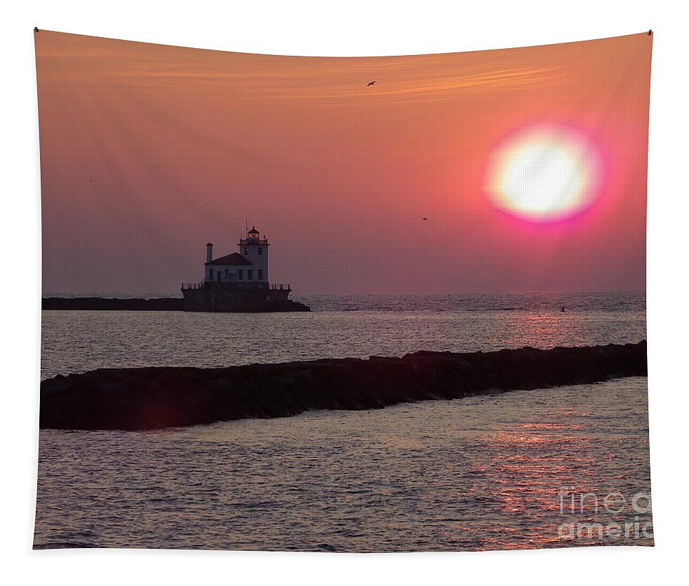 Waterscape Tapestry featuring the photograph Sunset In New York by Charleen Treasures