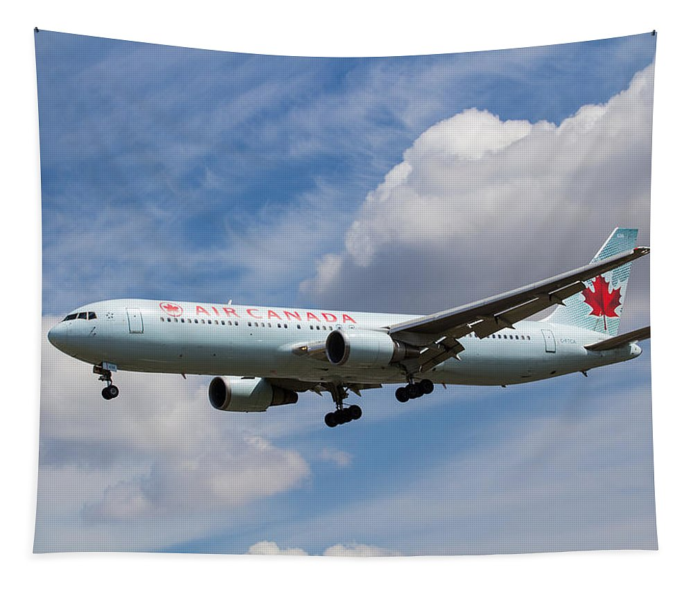 Air Canada Tapestry featuring the photograph Air Canada Boeing 767 by David Pyatt