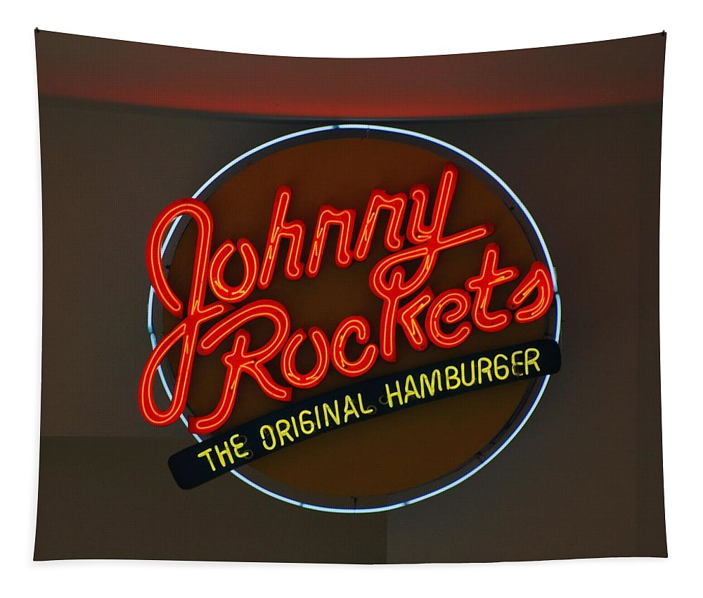 Macro Tapestry featuring the photograph Johnny Rockets by Rob Hans